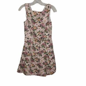Pink Martini Sz Xs Cream with Floral Print